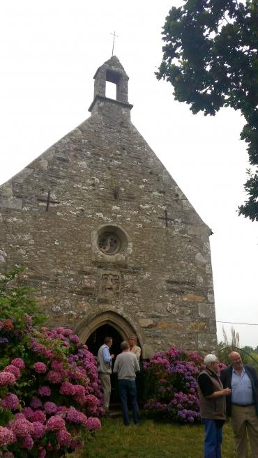 La chapelle Saint-Nicolas de Kerhir.jpg
