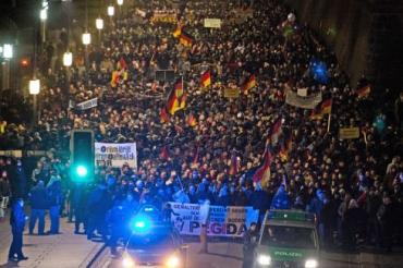 PEGIDA Dresde 2015.jpg