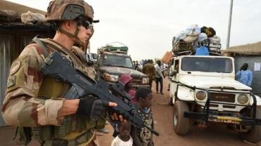 mali-operation-francaise-barkhane-sahel-soldat-francais_5580319.jpg