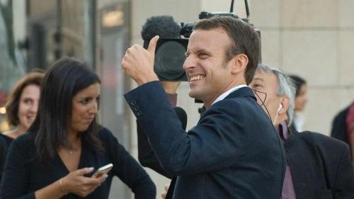 Macron22.jpg