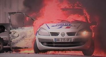 Voiture-police-brule_A2_18mai2016_20h.jpg