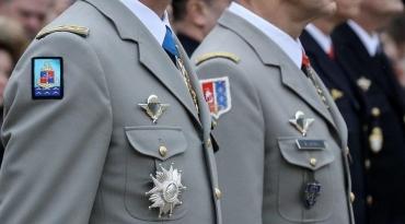 généraux-Macron.jpeg