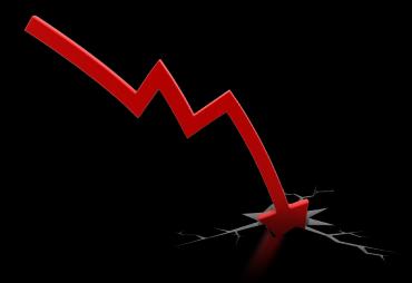 red_arrow_down_crash_1600_clr_2751-567x390.png