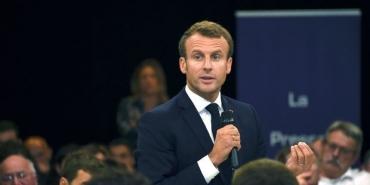 Agribashing-couillons-et-Rouen-3-declarations-d-Emmanuel-Macron-a-retenir-de-sa-sequence-en-Auvergne.jpg