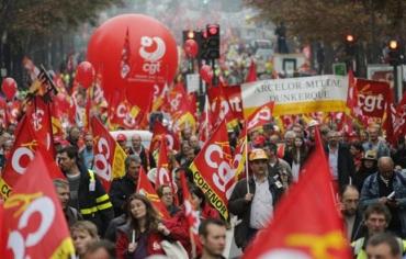 648x415_manifestation-appel-cgt-9-octobre-2012-paris.jpg
